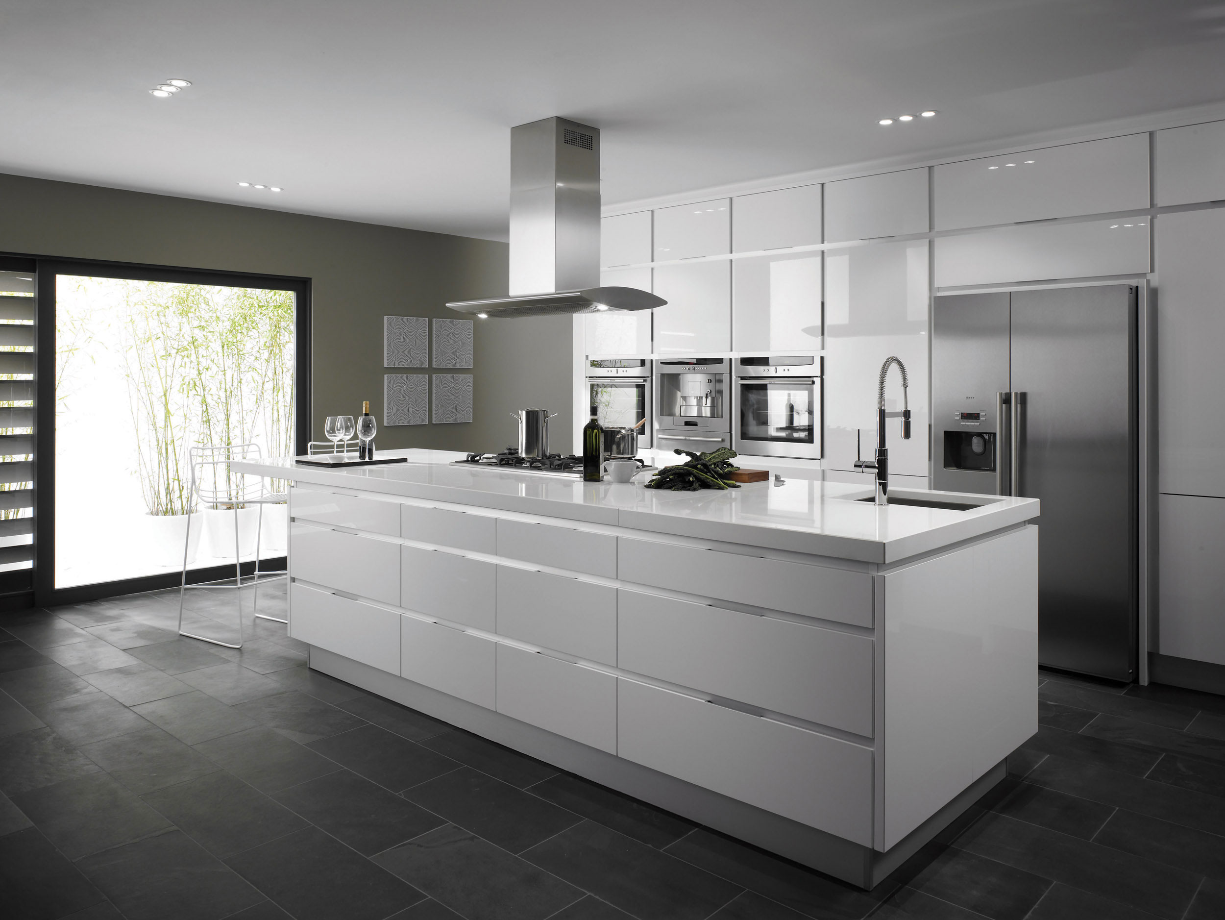 Integrato white from eaton kitchen designs wolverhampton - White kitchen ideas that work ...